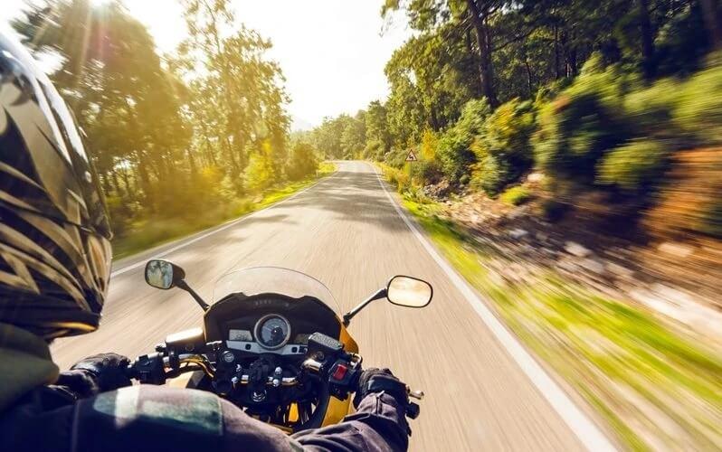 Read more about the article Como funciona o seguro de moto